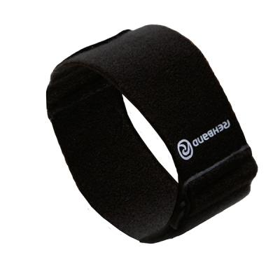 Спортивный локтевой бандаж при эпикондилите Rehband 7923